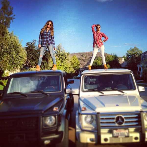 Khloé Kardashian, Khloe Kardashian, Kourtney Kardashian
