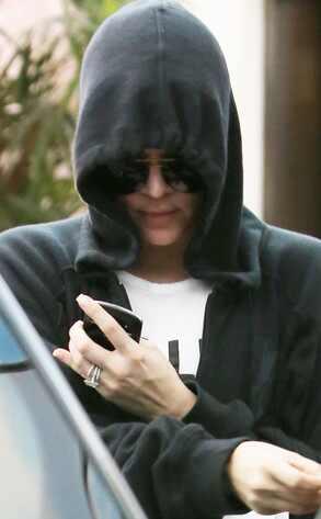 Khloe Kardashian, Ring