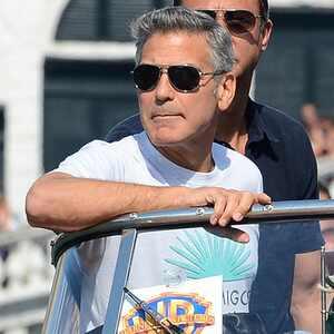 George Clooney fue reportado a la policía de Venecia por conducir un taxi acuático