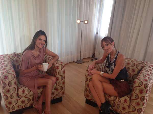 Alessandra Ambrosio, Coffee Break