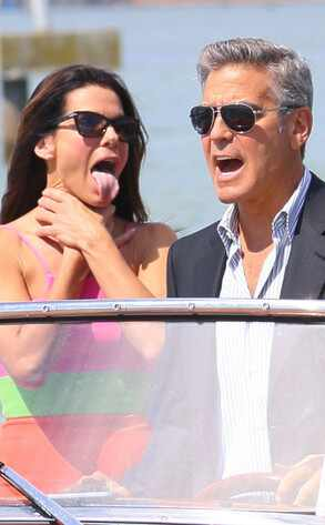 Sandra Bullock y George Clooney volaron juntos en clase turista…