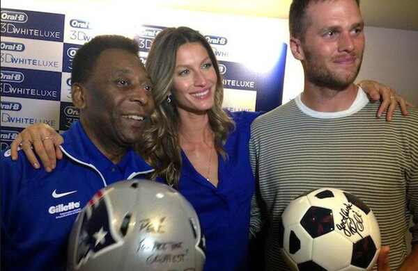 Pelé agradece a Gisele Bündchen e Tom Brady pela recepção em Boston
