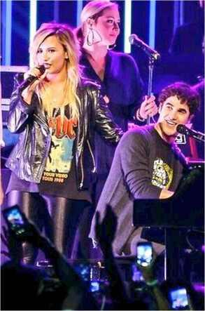 Darren Criss, Demi Lovato