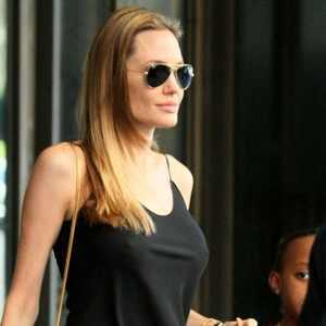 ¡Mira el primer póster de Maléfica, la nueva película de Angelina Jolie y Disney!