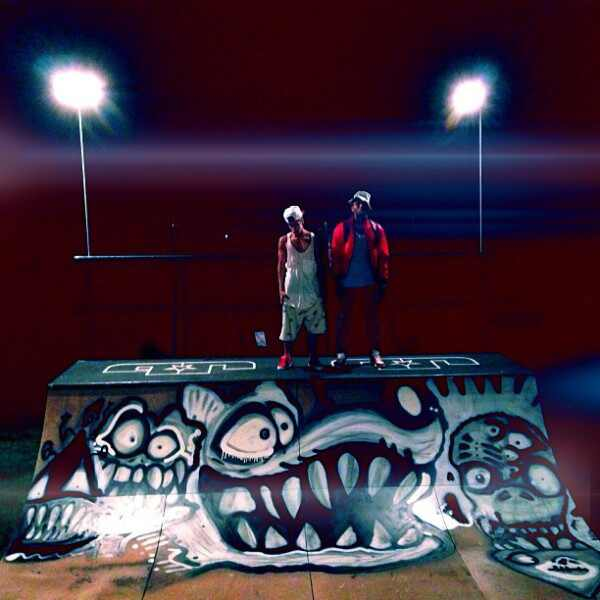 Justin Bieber, Chris Brown, Instagram