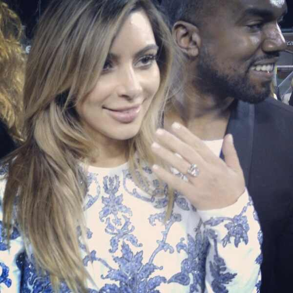 Kim Kardashian, Kanye West, Instagram, Engagement Ring