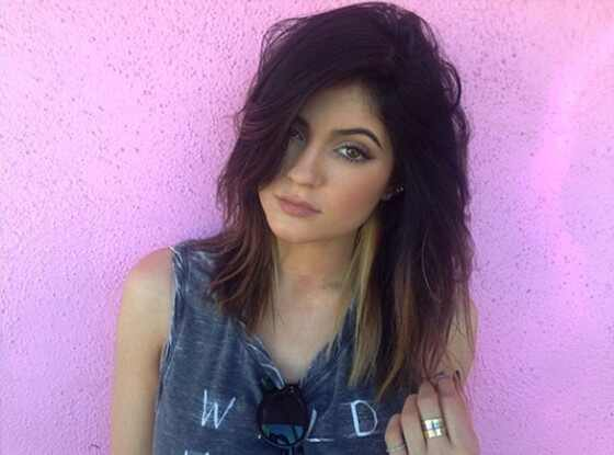 kylie jenner can t stop cutting her hair see the star s