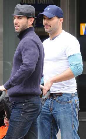 Ricky Martin, Carlos Gonzalez