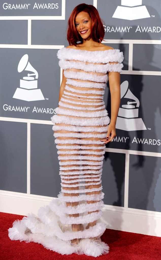 Rihanna. Grammy 2012