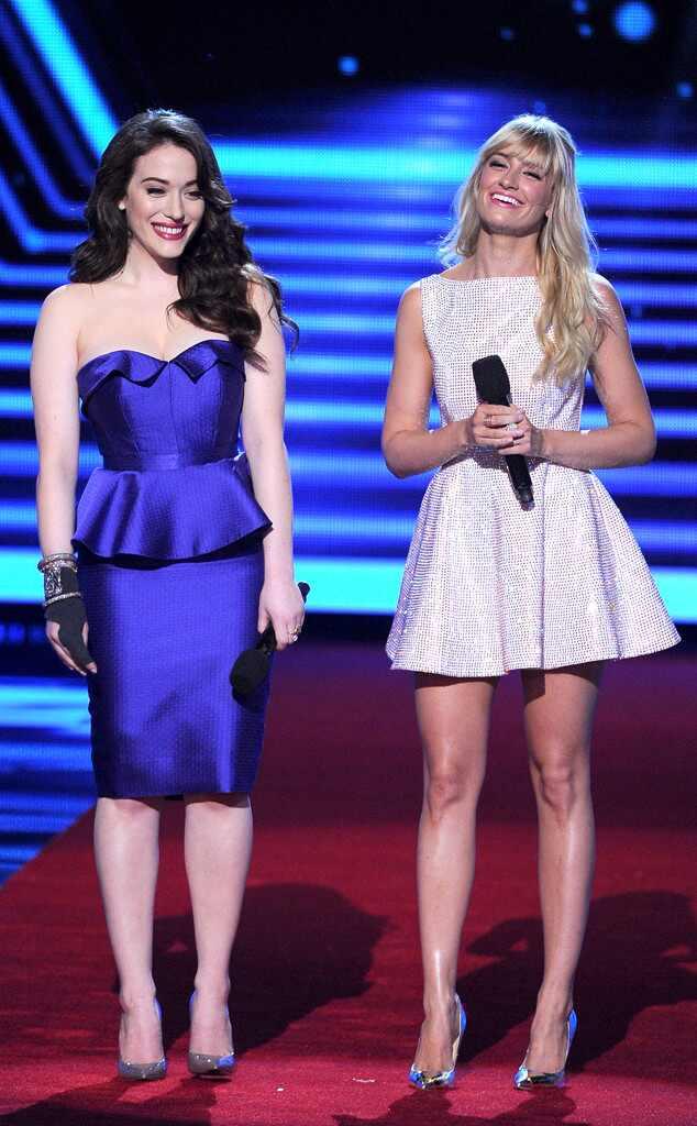 Kat Dennings, Beth Behrs, People's Choice Awards