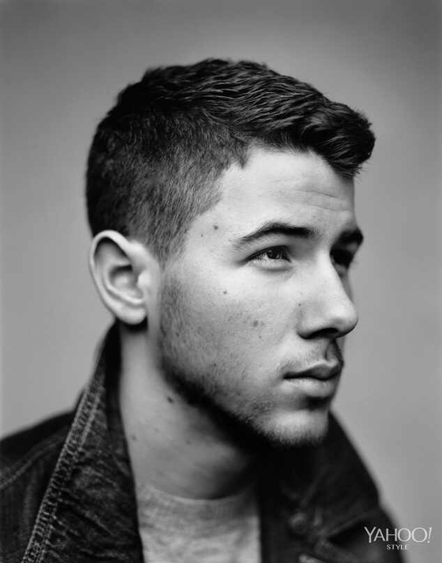 http://images.eonline.com/eol_images/Entire_Site/20141010//rs_634x808-141110192339-634.Nick-Jonas-Yahoo-Style.3.ms.111014.jpg