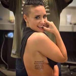 Demi Lovato, tattoo