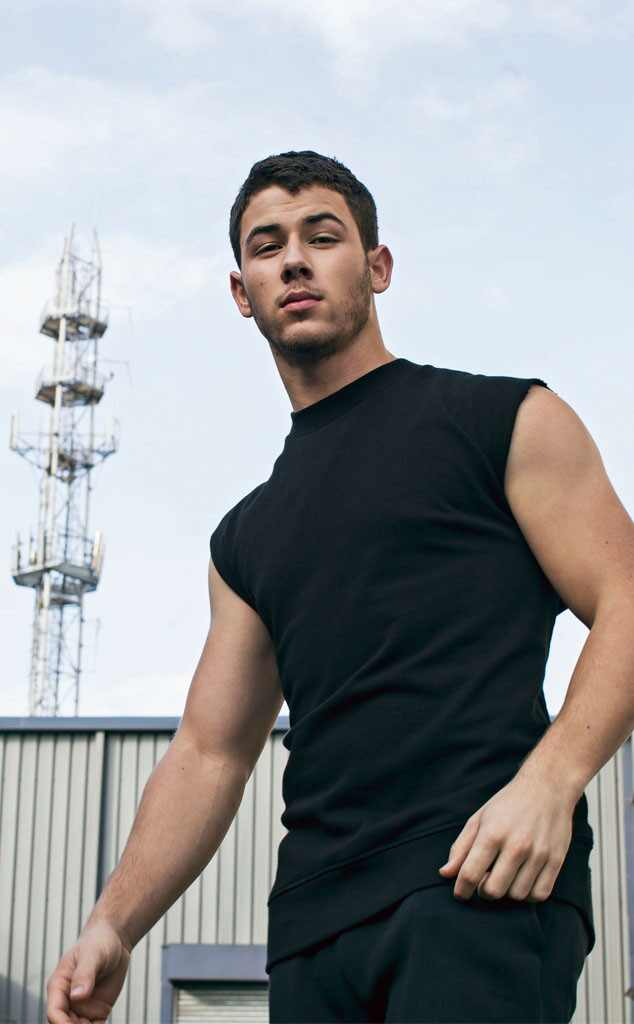 http://images.eonline.com/eol_images/Entire_Site/2014108//rs_634x1024-141108201525-634.NickJonas-jmd-110814.jpg
