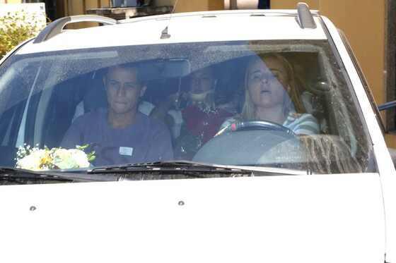 Isis Valverde tem alta do hospital