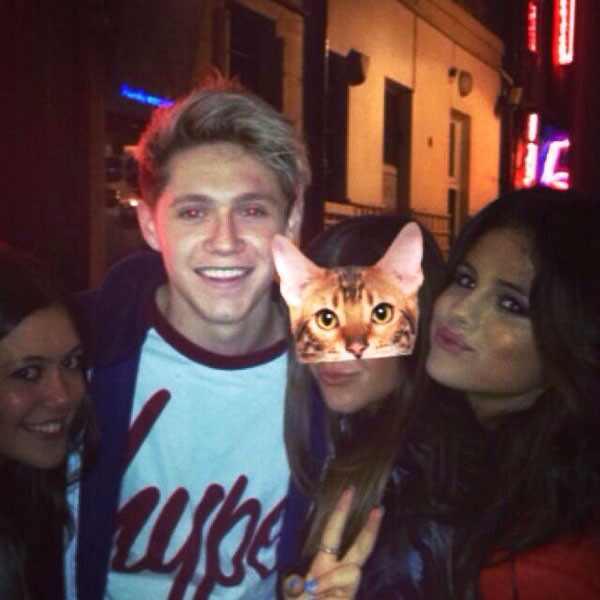 Selena Gomez, Niall Horan Twitter