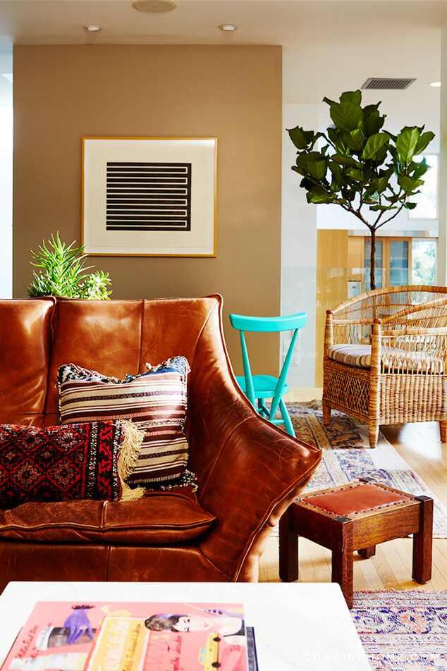 Sophia Bush, Home, Domaine Home