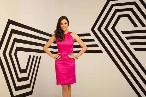 Giselle Hermeto apresentadora host E! Entertainment Brasil