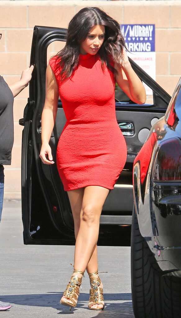 Kim kardashian sexy dress