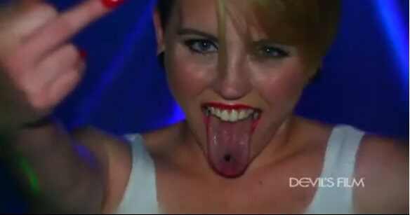 Miley Cyrus Wrecking Ball fotos vídeo pornô sex tape