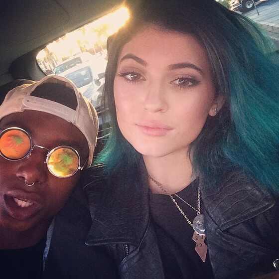Kylie Jenner cabelo azul
