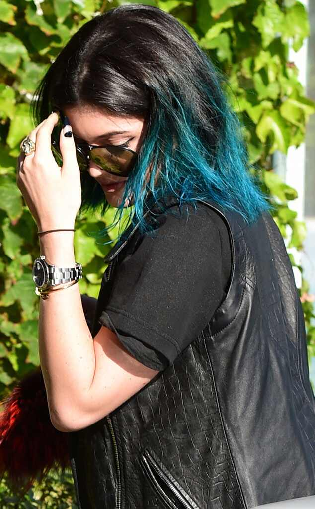 Kylie Jenner S Hair Evolution From Brown To Blue To