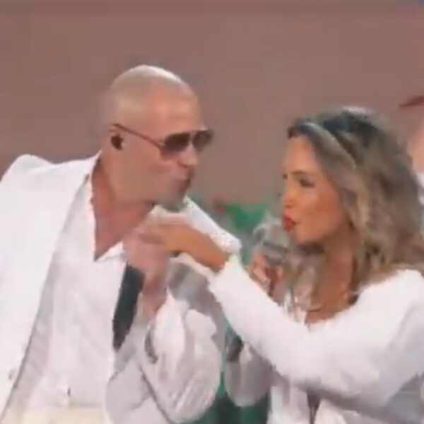 Claudia Leitte, Jennifer Lopez e Pitbull no Billboard