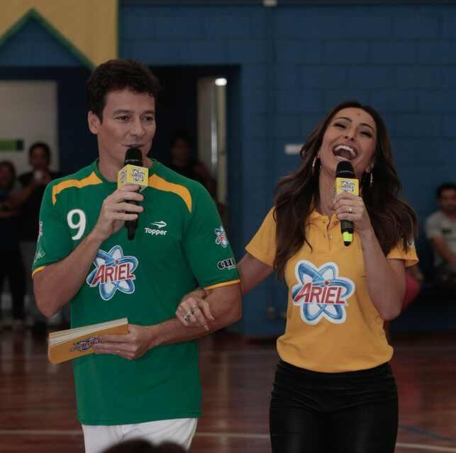 Tatá Werneck e Rodrigo Faro falam sobre a Copa