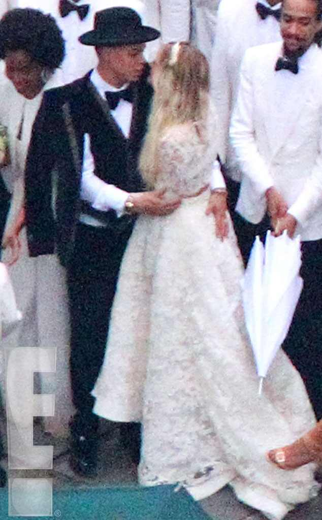 Ashlee Simpson Wedding Flowers Jessica Simpson Looks ...