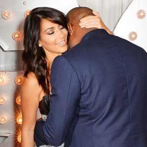 Kim kardashian y kanye west dan rienda suelta a su pasi n - Sexo en banos publicos ...