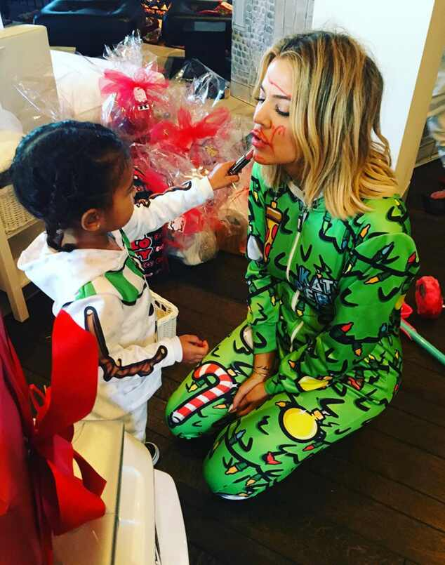 Khloe Kardashian, North West, Christmas