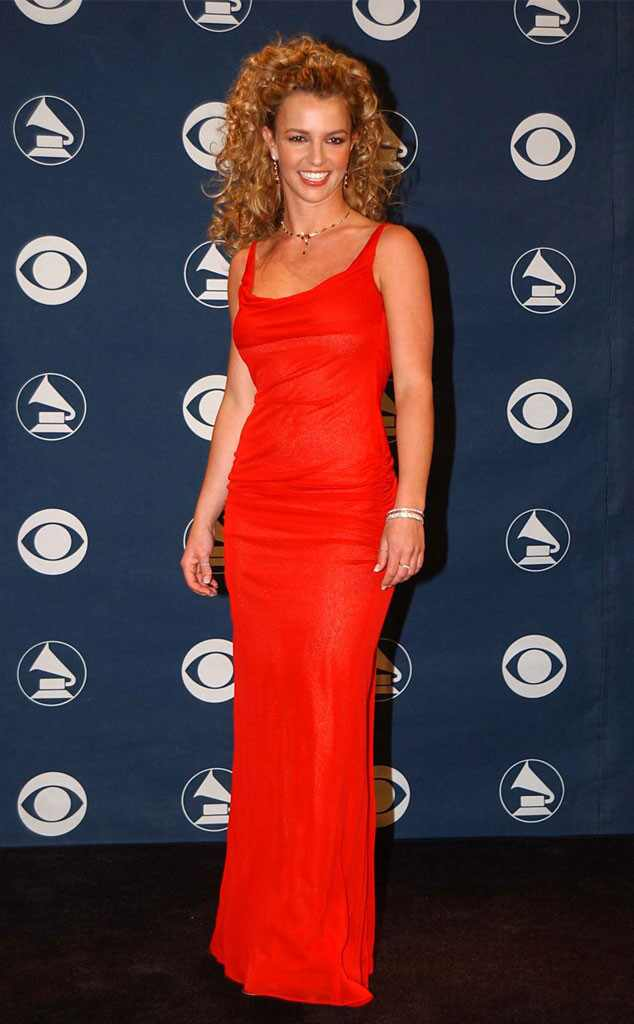 29 Photos of Celebs in Early 2000s Grammys Fashion That Will Keep ...