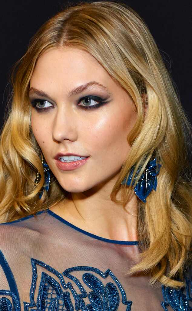 Karlie Kloss Talks Sharing Clothes With Taylor Swift