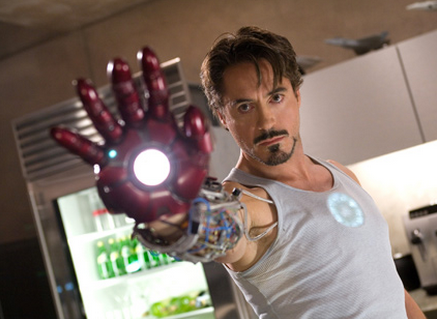 3) Iron Man 1 (Homem de Ferro)