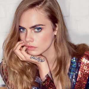 Cara Delevingne, Vogue