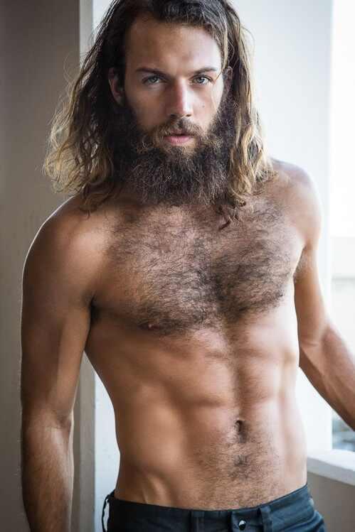 10 razones por las que todo hombre debe ser peludo