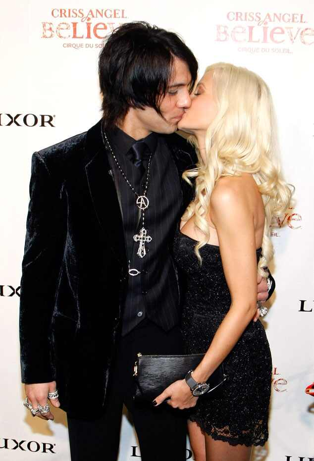 who is chris angel dating Holly madison and illusionist criss angel began dating in november, 2008 after their relationship ended, holly told 'people' magazine: i'm never dating anybody again.