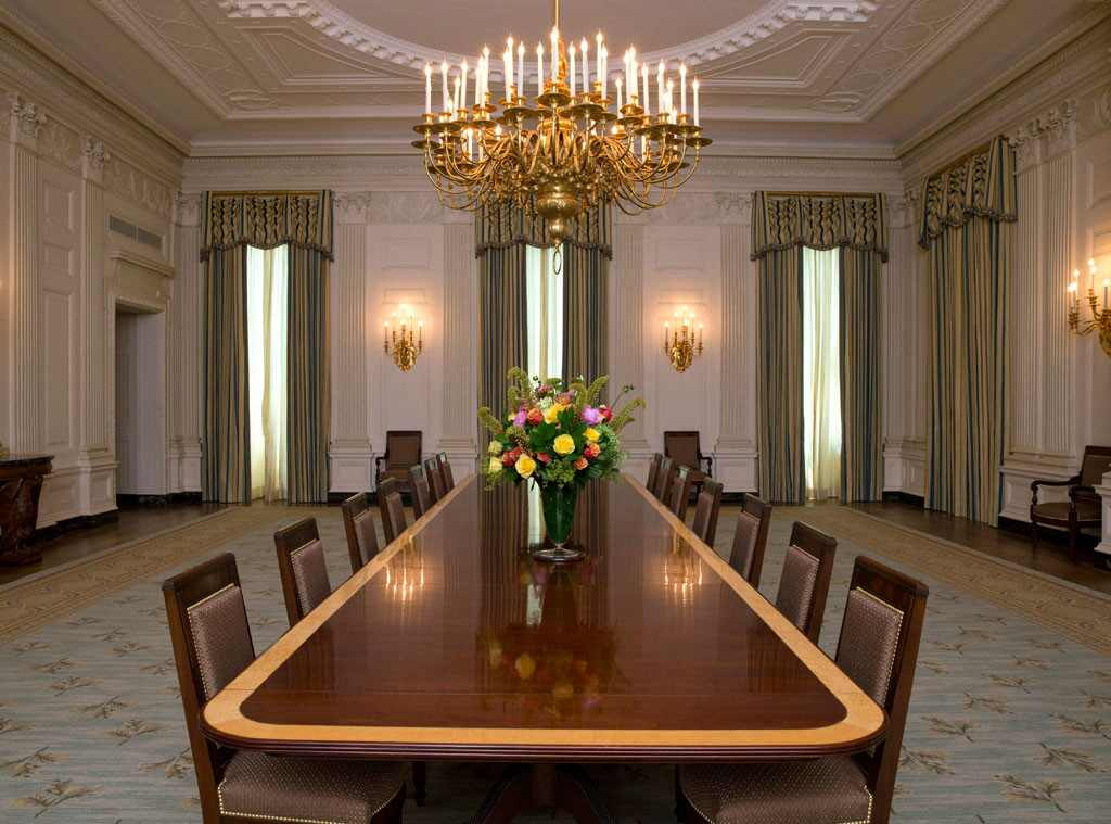 Michelle Obama Unveils Redecorated White House Dining Room