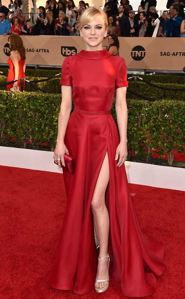 SAG Awards 2016: Red Carpet Arrivals Anna Faris, SAG Awards 2016, Arrivals