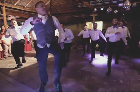 Homem faz coreografia de Br'oz e 'N Sync para noiva em casamento