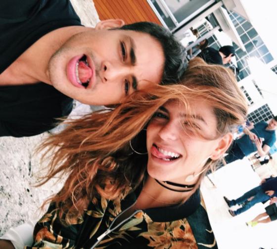 Grazi Massafera. Foto do site da E! Online que mostra Mariana Goldfarb elogia ex de Cauã Reymond, Grazi Massafera, em foto no Instagram