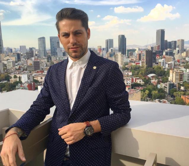 Las celebridades envían sus mensajes de dolor ante la muerte Renato López (+ Fotos)