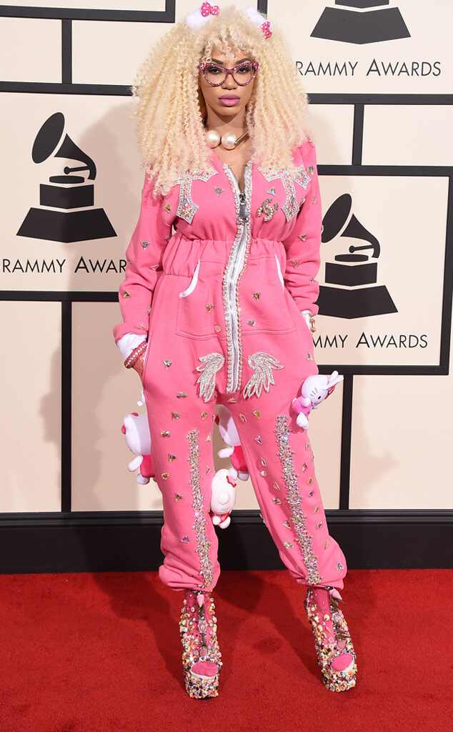 Grammys 2016: Red Carpet Arrivals Dencia, 2016 Grammy Awards