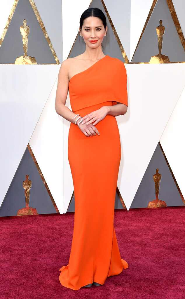 Oscars 2016: Red Carpet Arrivals 2016 Oscars, Academy Awards, Arrivals, Olivia Munn