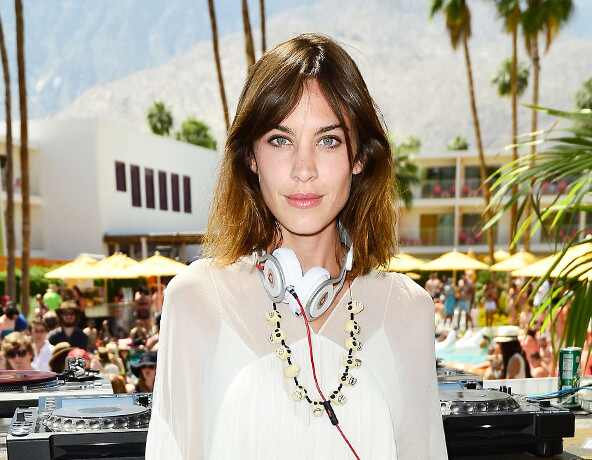 ESC: 5 days 5 Ways, Coachella Whites, Alexa Chung, Twitter