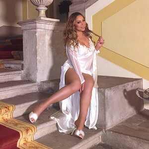 Mariah Carey, Instagram, Airbnb