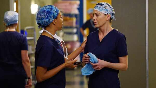Kelly McCreary, Ellen Pompeo, Greys Anatomy, Double Teaser