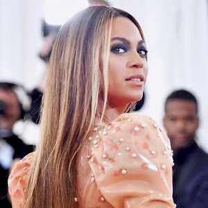 ESC: Sleek Hair, Beyonce