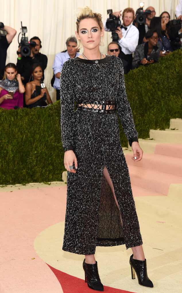 Met Gala 2016: Red Carpet Arrivals Kristen Stewart, MET Gala 2016, Arrivals