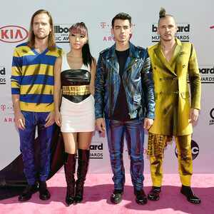 DNCE, Jack Lawless, JinJoo Lee, Joe Jonas, Cole Whittle, 2016 Billboard Music Awards