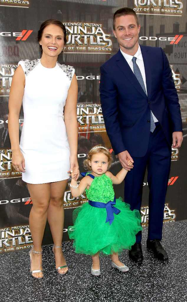 Cassandra Amell, Mavi Amell & Stephen Amell from Movie ...